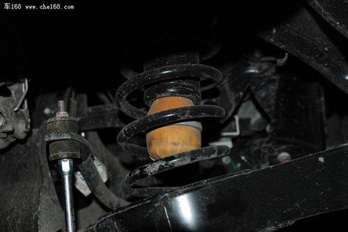 弹簧上底座连接的限位缓冲橡胶块