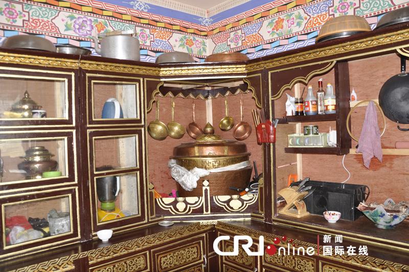 藏式客厅家具图片