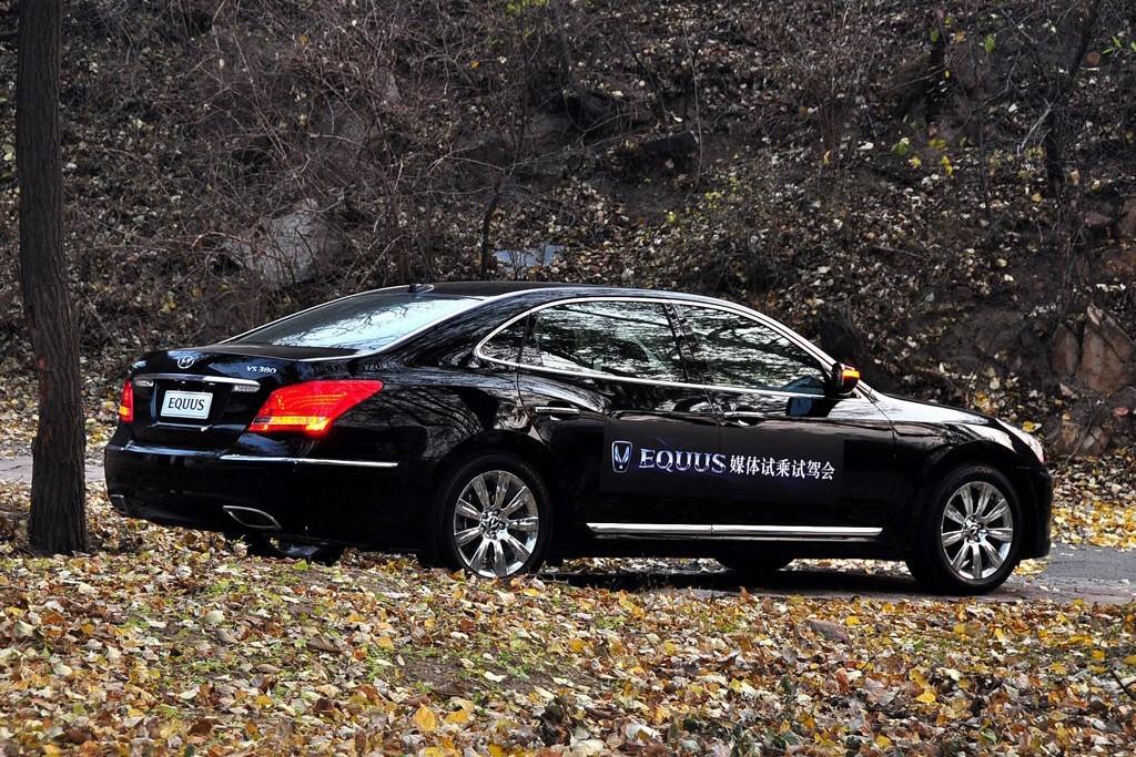 现代作为韩国第一大汽车公司,高端车雅科仕的推出代表着现代高清图片