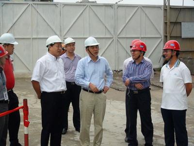 驻越南大使孔铉佑巡视驻河内市部分中资企业