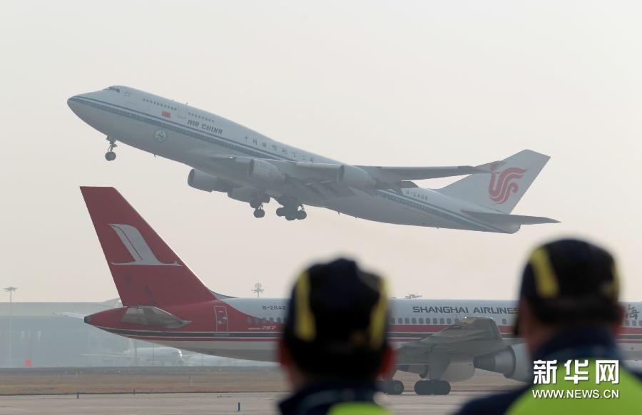 新华社照片,北京,2011年10月28日
