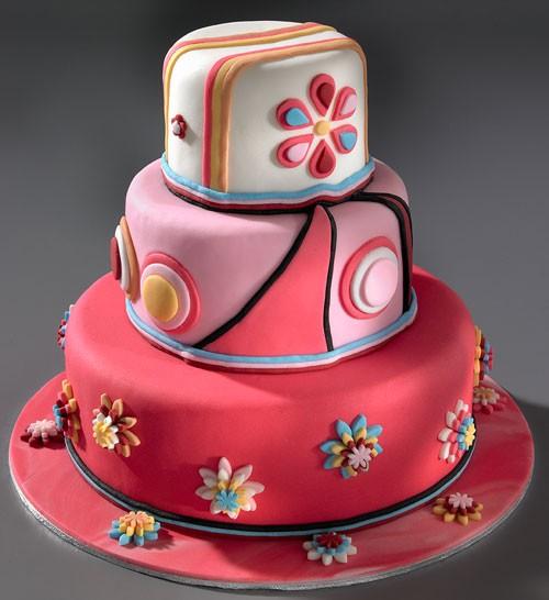 享受白领新生活!28款可爱创意蛋糕设计