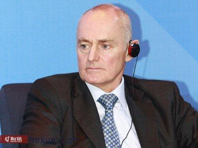 施罗德集团亚太区首席执行官 新加坡投资管理协会主席 Lester Gray