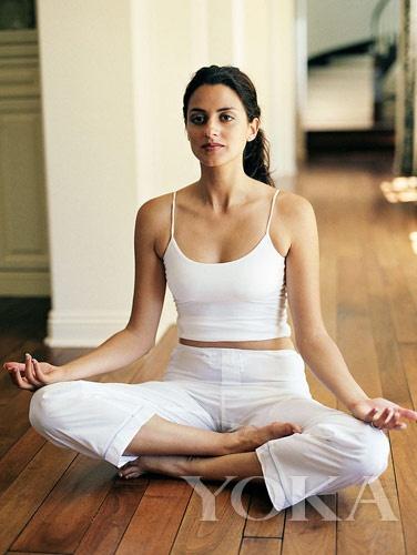减肥前先排酸让你轻松瘦瘦身-奢侈品内衣-和讯频道下来连体图片