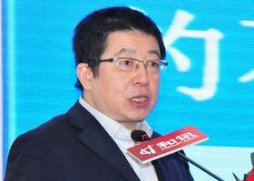 北京工商大学教授胡俞越发表演讲