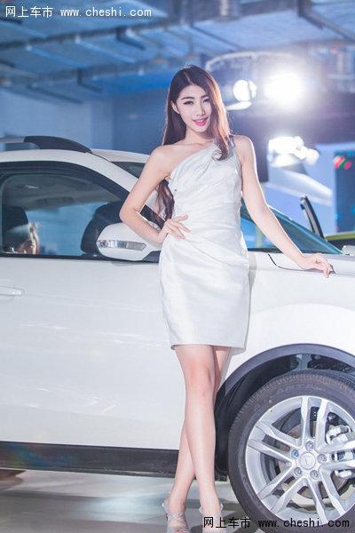 中国式古典美女 性感长腿模特短裙秀性感