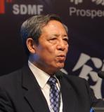 台湾群益期货股份有限公司执行副总经理 陈文采