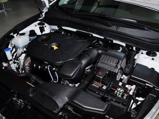 4l发动机的两款车最大功率与最大扭距达到了132kw和
