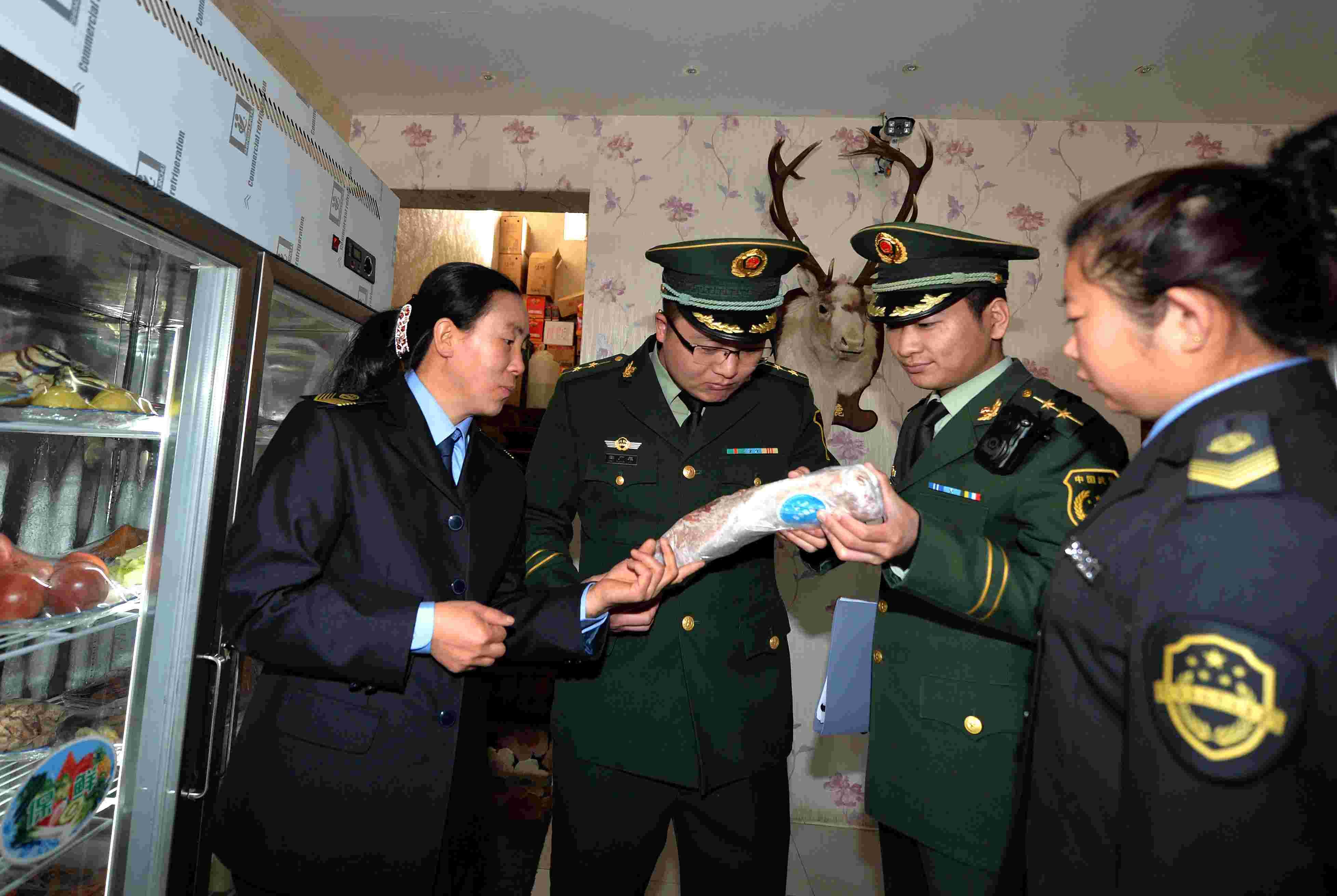 (锐视角)(2)内蒙古阿尔山:遏制乱捕滥杀野生动物的不