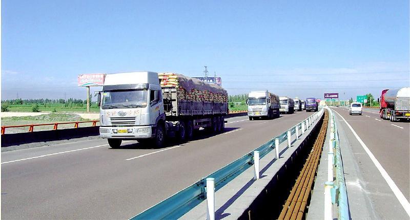 新常态下新疆道路运输经济奋力前行